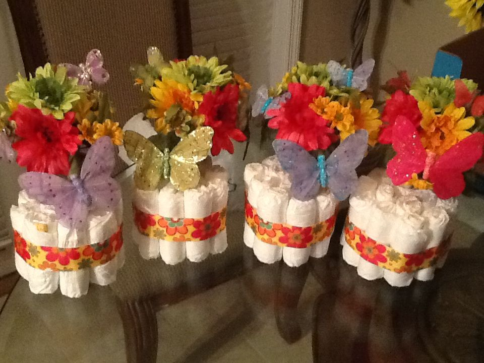 Butterfly theme diaper cake centerpieces summer for Baby shower butterfly decoration ideas