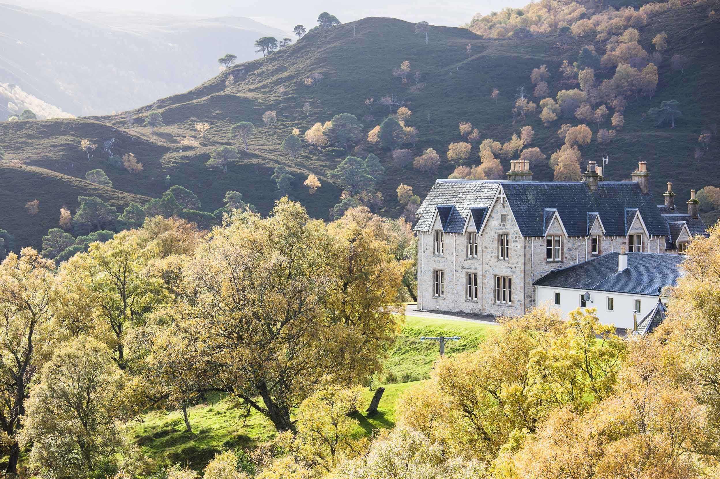Alladale Lodge Wilderness Reserve In Scotland Features 7 En Suite Rooms