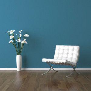 La couleur des murs bleus sur pinterest small modern for Offre d emploi decoration
