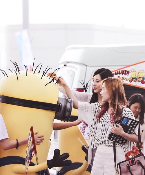 SNSD Seohyun & Taeyeon with minions