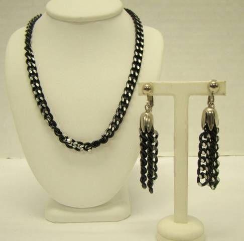 link vintage necklace black