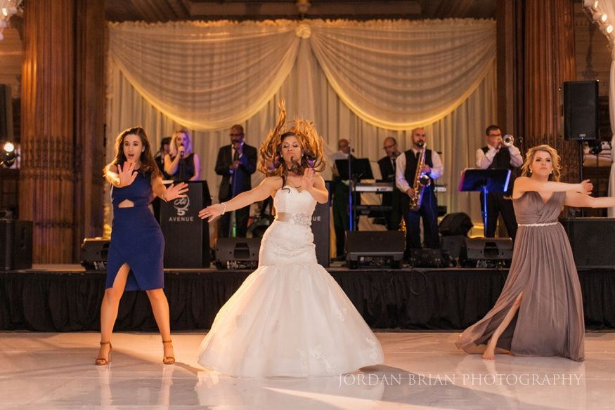 Crystal Tea Room Finley Catering Wedding Of Justine Chris Wedding Tea Room Bride