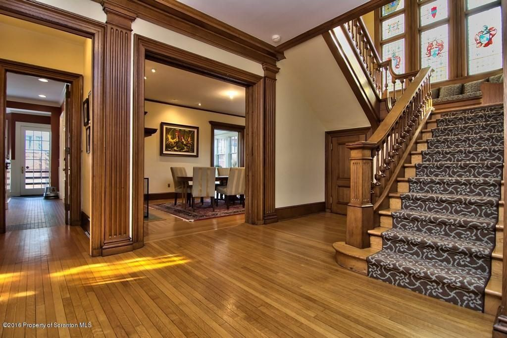 Scranton Home For Sale Vintage House Zillow Home