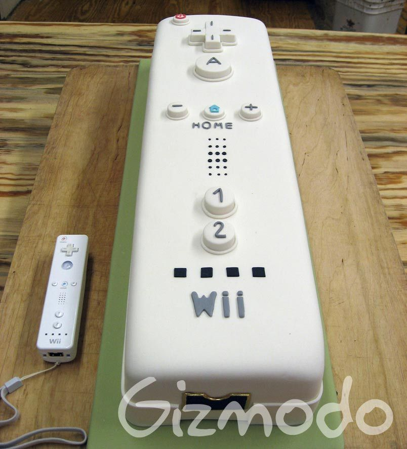 Brooklyn Pastry Chef Crafts Perfect Gigantic Wiimote Cake Pastry