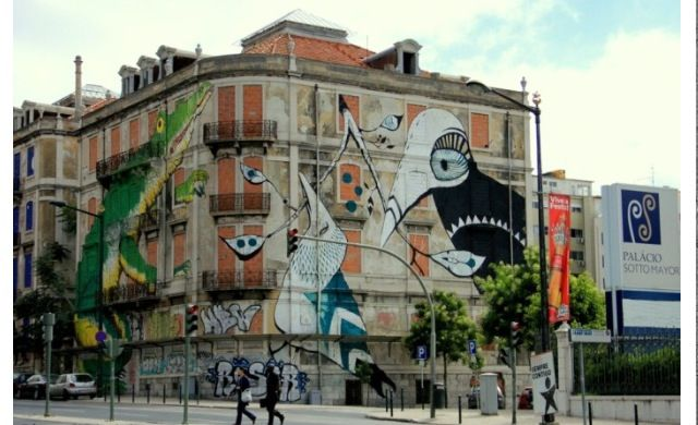 Lisbona, Crono Urban Art ©ericailane ©lucy mclauchlan