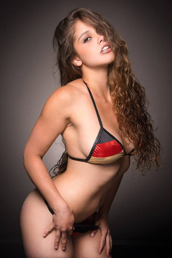 Hot sexy girls online