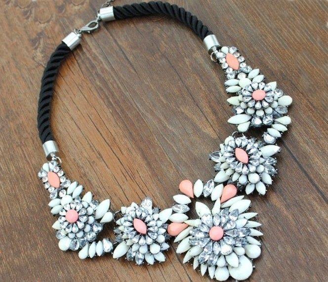 Naszyjnik Kwiaty Zarka Kolia Choker Krysztalki Face Art Jewelry Necklace