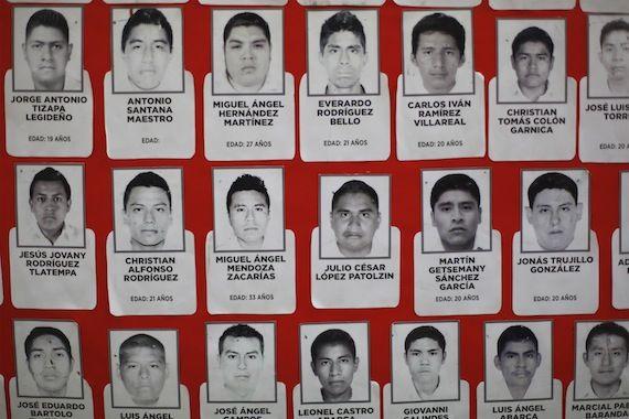 Ciudad de México, 6 de enero (SinEmbargo).– Un grupo de científicos, así como miembros de la Unión de Pueblos Originarios del Estado de Guerrero (UPOEG) y el abogado del caso de la desaparición de los 43 normalistas de Ayotzinapa coinciden en que el Ejército mexicano fue copartícipe en
