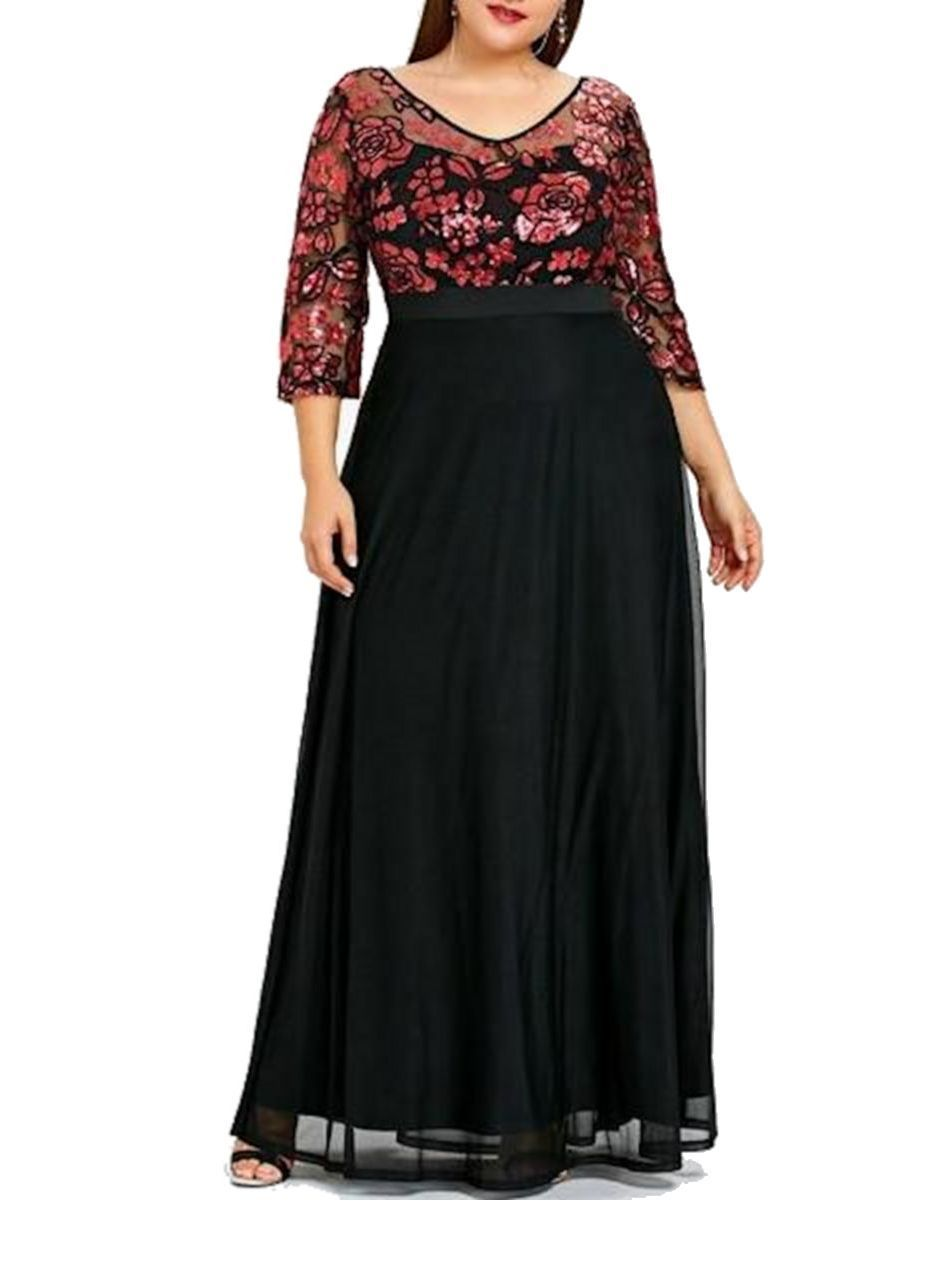 Plus Size Formal Dress Featuring Floral