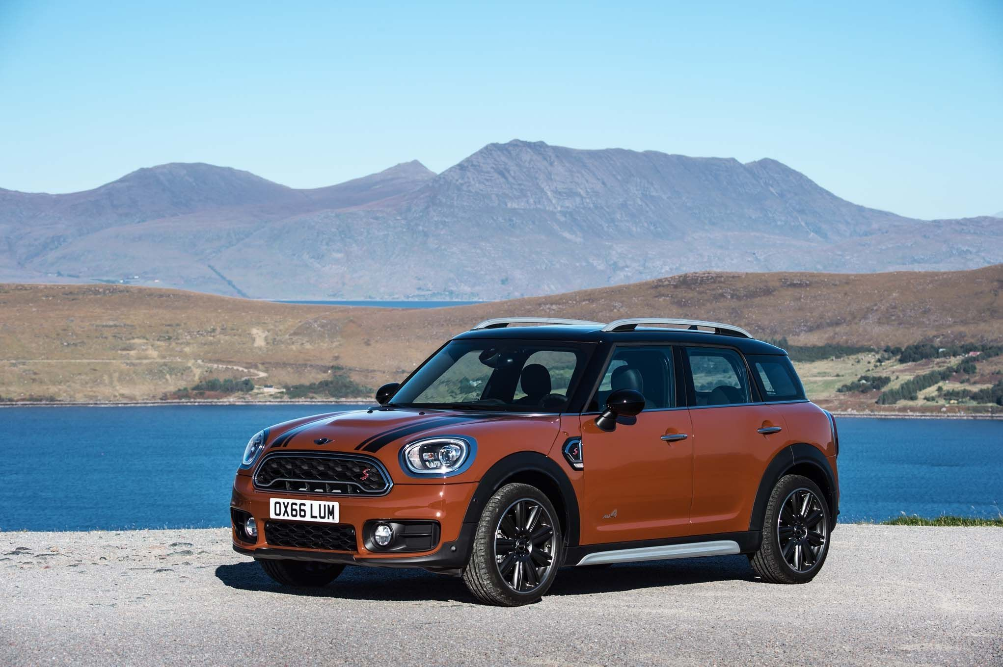2020 Mini Cooper Clubman Price and Review
