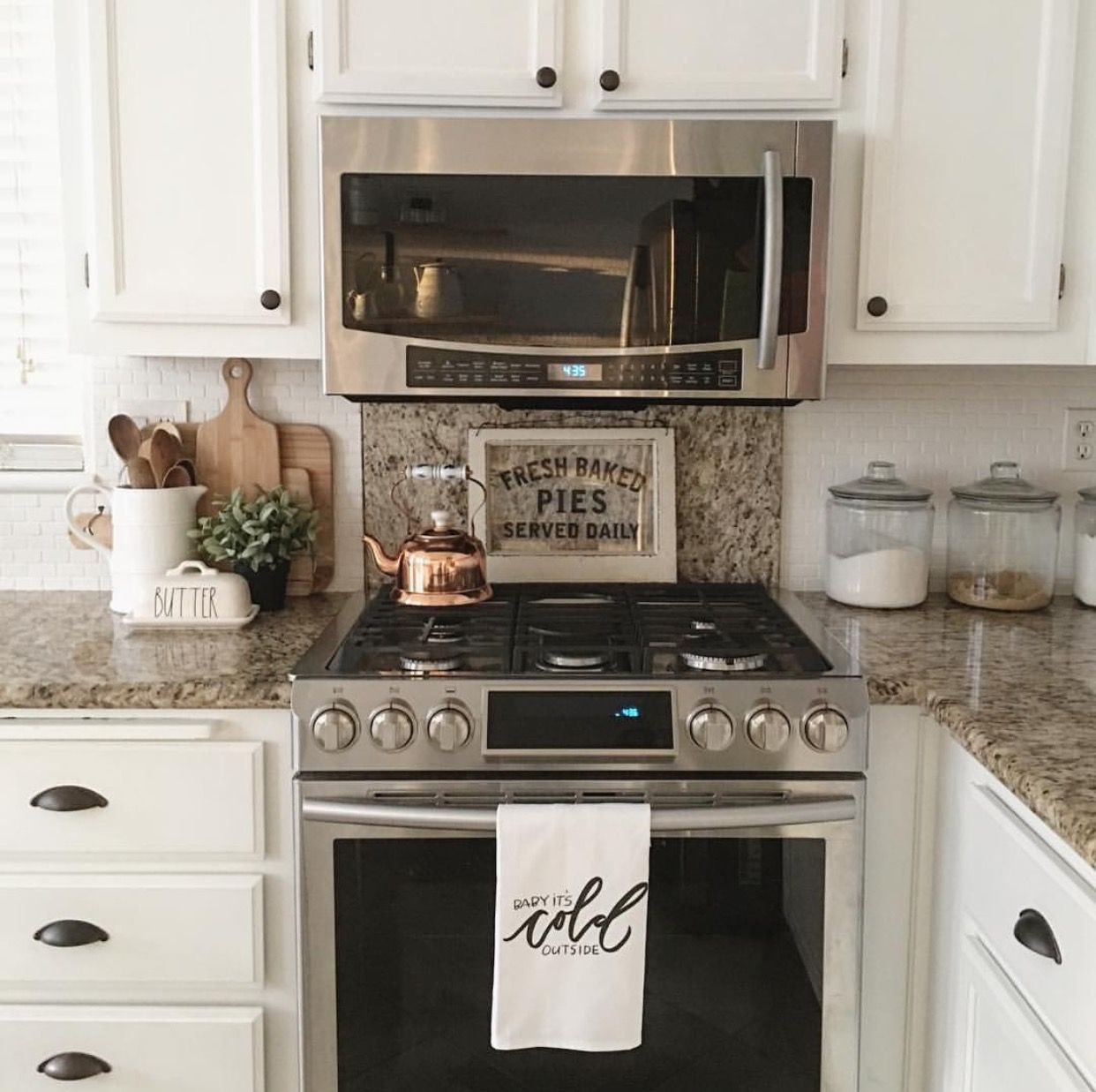 Staging Kitchen Counters: Simple Kitchen With A Pop Of Copper