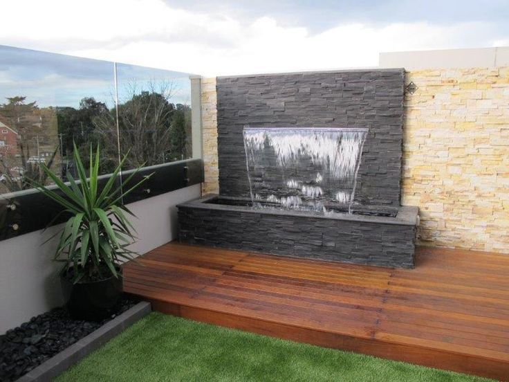 Outdoor water wall fountain google search water for Garden water wall designs
