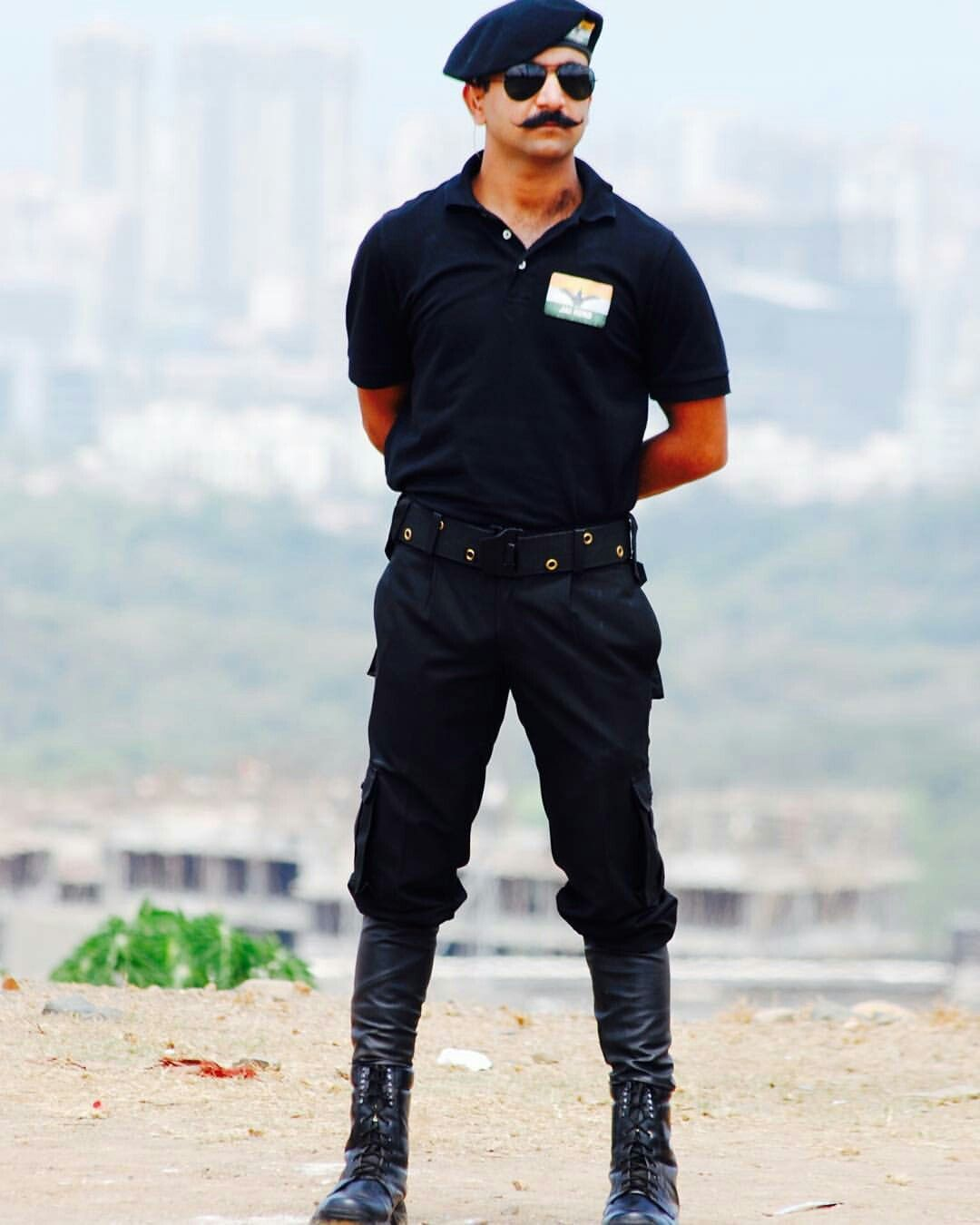 Commando Trainer Grandmaster Shifuji Shaurya Bharadwaj Army Girlfriend Pictures Indian Army Indian Army Quotes