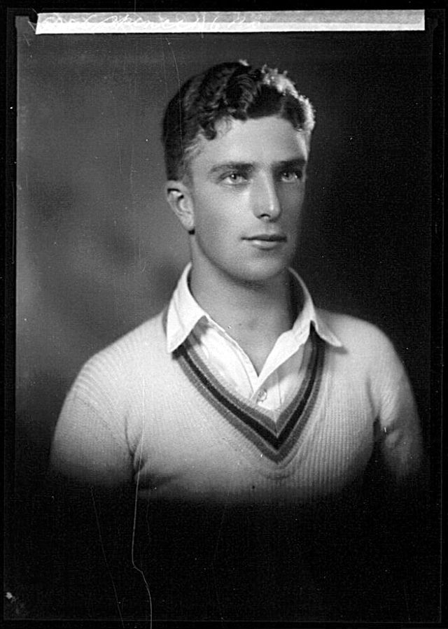 126c1fd13d vintage everyday   20s Male Hairstyles – 24 Handsome Portrait Photos of Australian  Young Men in the 1920s
