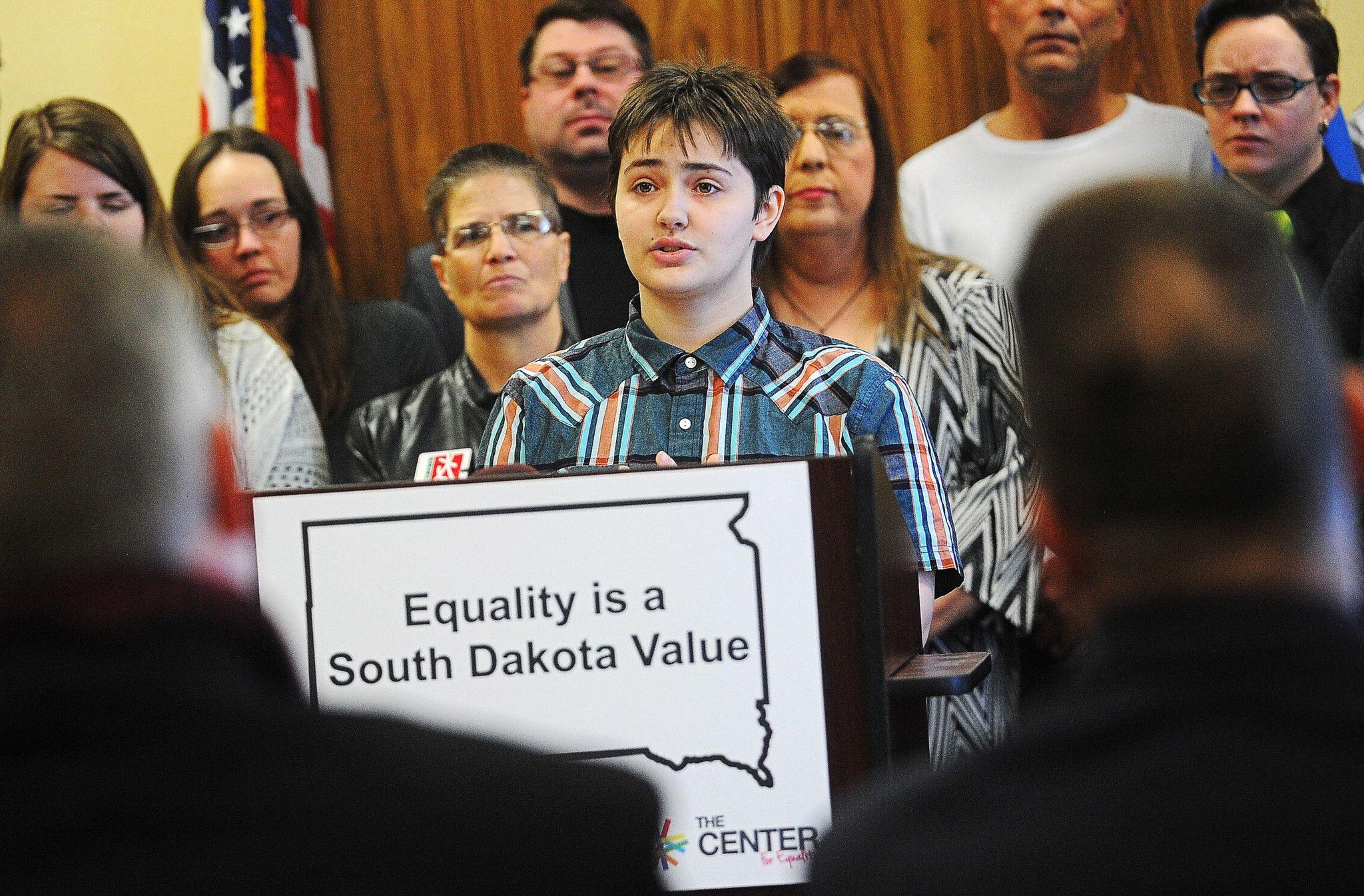 Critics of South Dakotas transgender bathroom bill are
