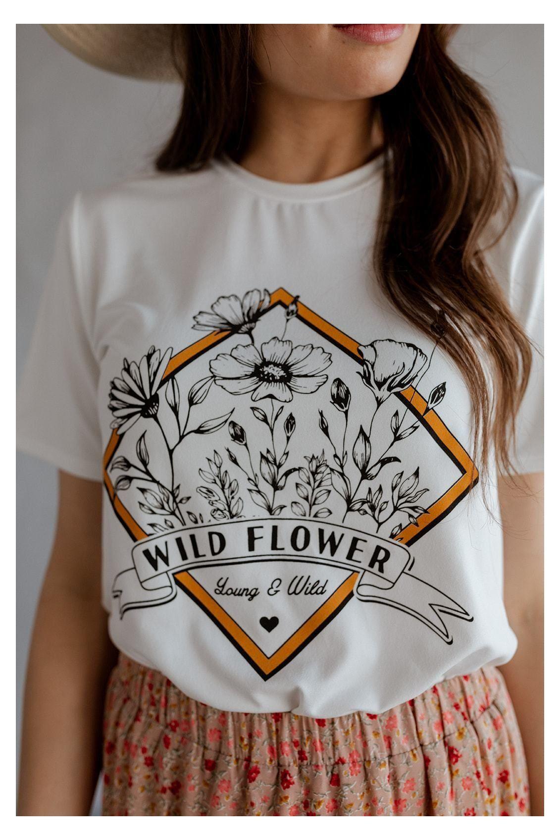 Happy flower design tee hand painted T-shirt oversize unisex shirt vintage style
