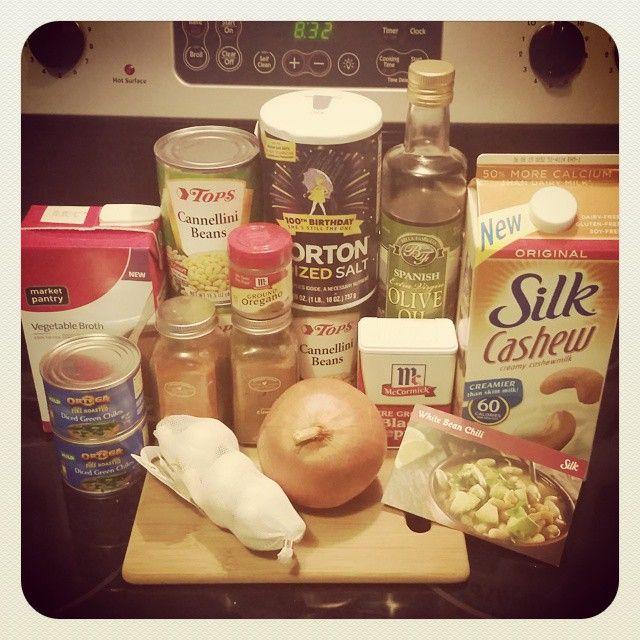Prepping for the White Bean Chili! @lovemysilk @BzzAgent #GotItFree #SilkCashew