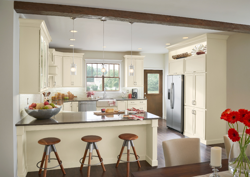 Brookland - Woodmark Cabinetry in 2020   Kitchen cabinets ...