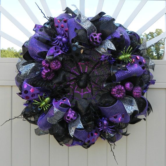 CLEARANCE SALE - Deco Mesh Halloween Wreath Spider wreath, Black