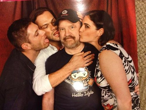 """yeahiknowyoudean: """" Twitter """"@kreespa: """"Could we all kiss Jim on the cheek?"""" *facepalm* #idiots"""" This is priceless too… I Miss Bobby!!! """""""