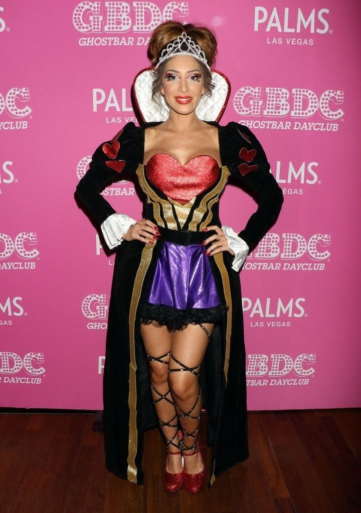 Farrah Abraham posed for photographs in Halloween costumes at u0027Day of the Killer Costumesu0027 at Ghostier day club in Las Vegas Nevada.  sc 1 st  Pinterest & Farrah Abraham posed for photographs in Halloween costumes at u0027Day ...