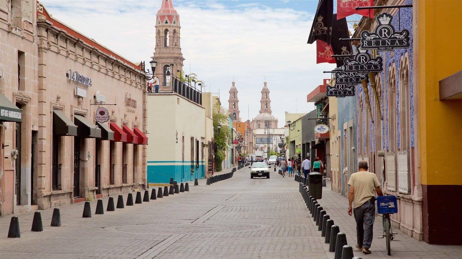 Calle Venustiano Carranza. Aguascalientes, México