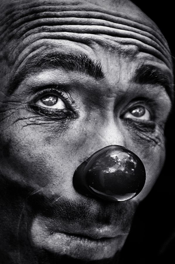 Black white photography man portrait the eyes of the clown by camilo alvarez frm bd man portrait character