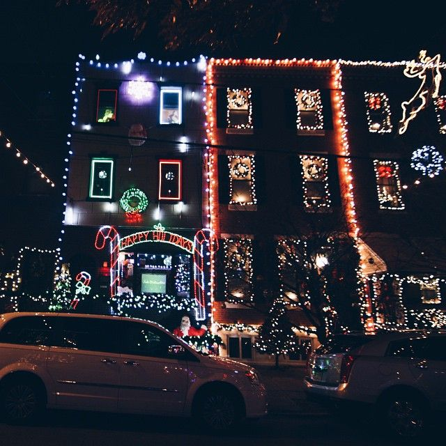 No List Of Philly's Holiday Light Displays Would Be