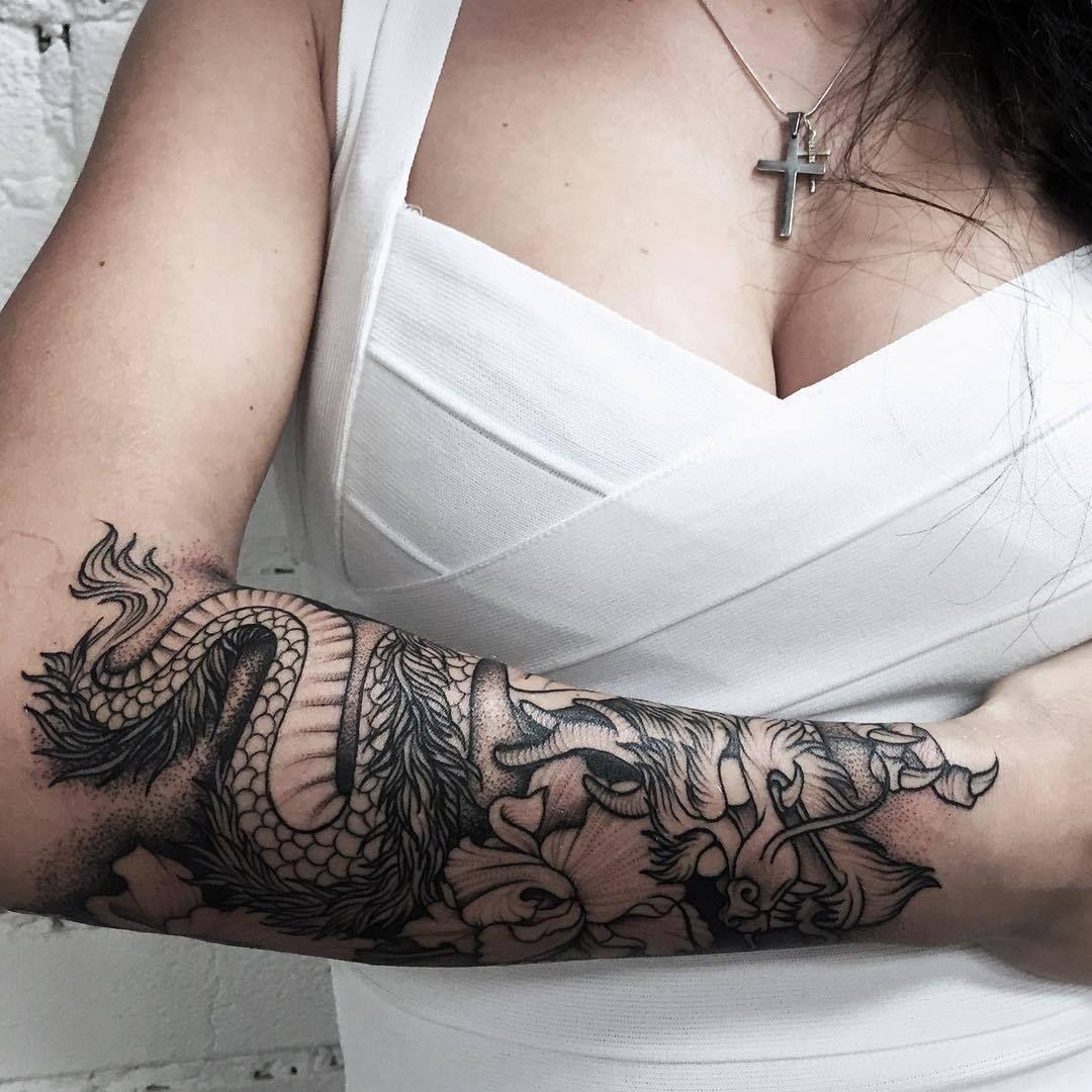 Dragon Arm Tattoo Artist Katya Geta Tattoo Artist Paris Dragon Tattoo Arm Dragon Sleeve Tattoos Japanese Dragon Tattoos