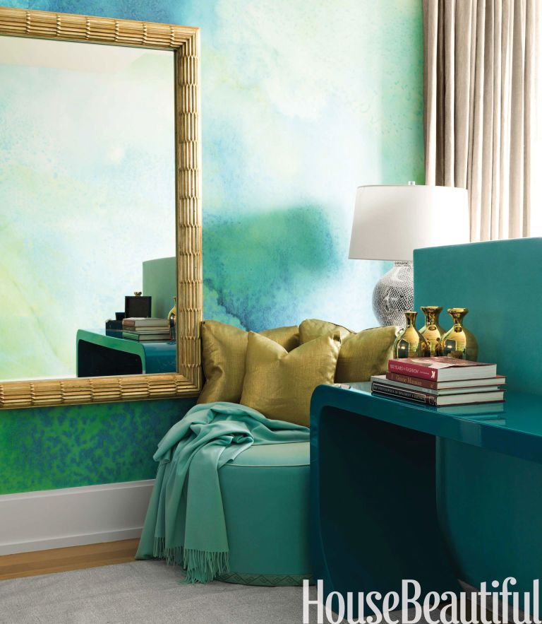 A Sophisticated Setting With Dazzling Color. Decorating ...