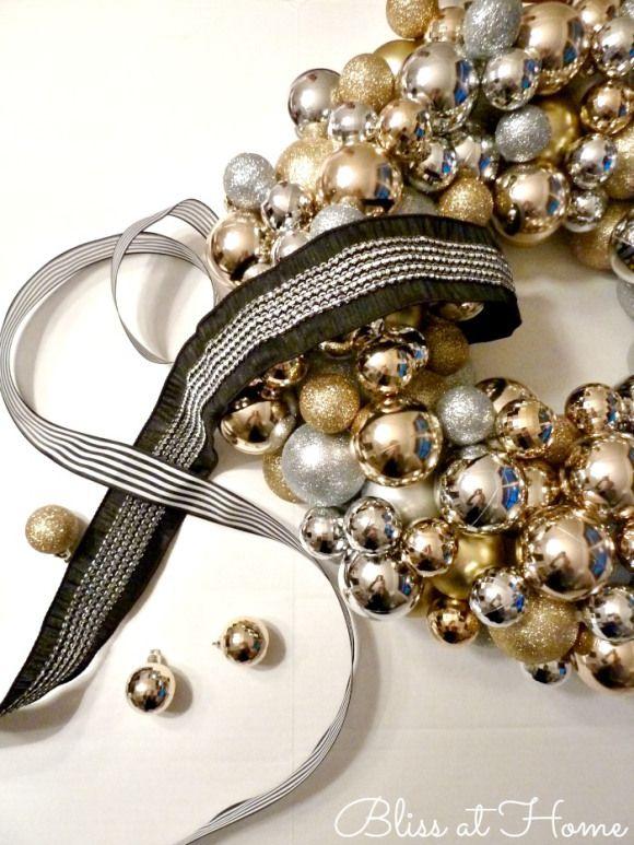 DIY-ornament-wreath