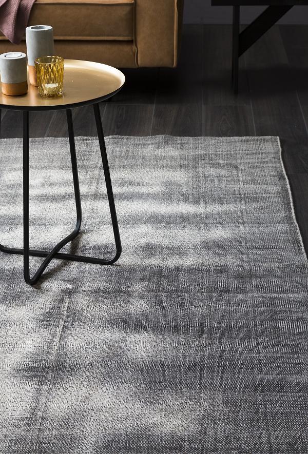 Met warme grijstinten een luxe sfeer creëren? Op de blog van KARWEI ...