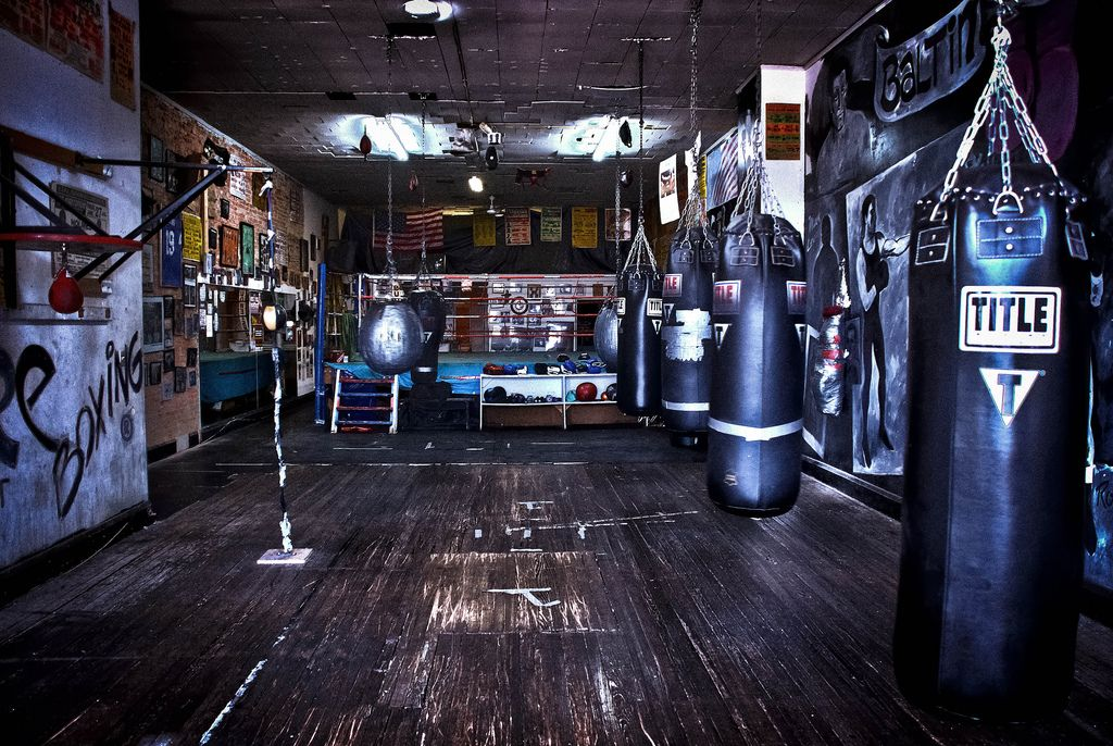 Cool Boutique Boxing Gym Livelong Definitely Thinking About If I Get Into Enough Ll Put My Own Bag In Apartment Love This