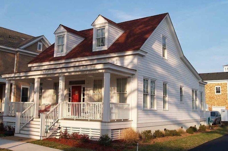 Farmhouse Style House Plan 2 Beds 2 Baths 1400 Sq Ft Plan 17 2019 Cottage Style House Plans Farmhouse Style House Plans House Plans