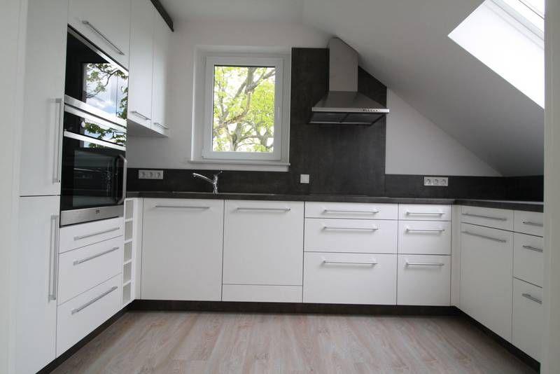 u form einbauk che nach ma mit dachschr ge hnliche projekte und ideen wie im bild vorgestellt. Black Bedroom Furniture Sets. Home Design Ideas