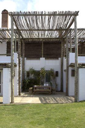 Estudio martin gomez arquitectos uruguay la aduana legs - Maison pricila martin gomez ...