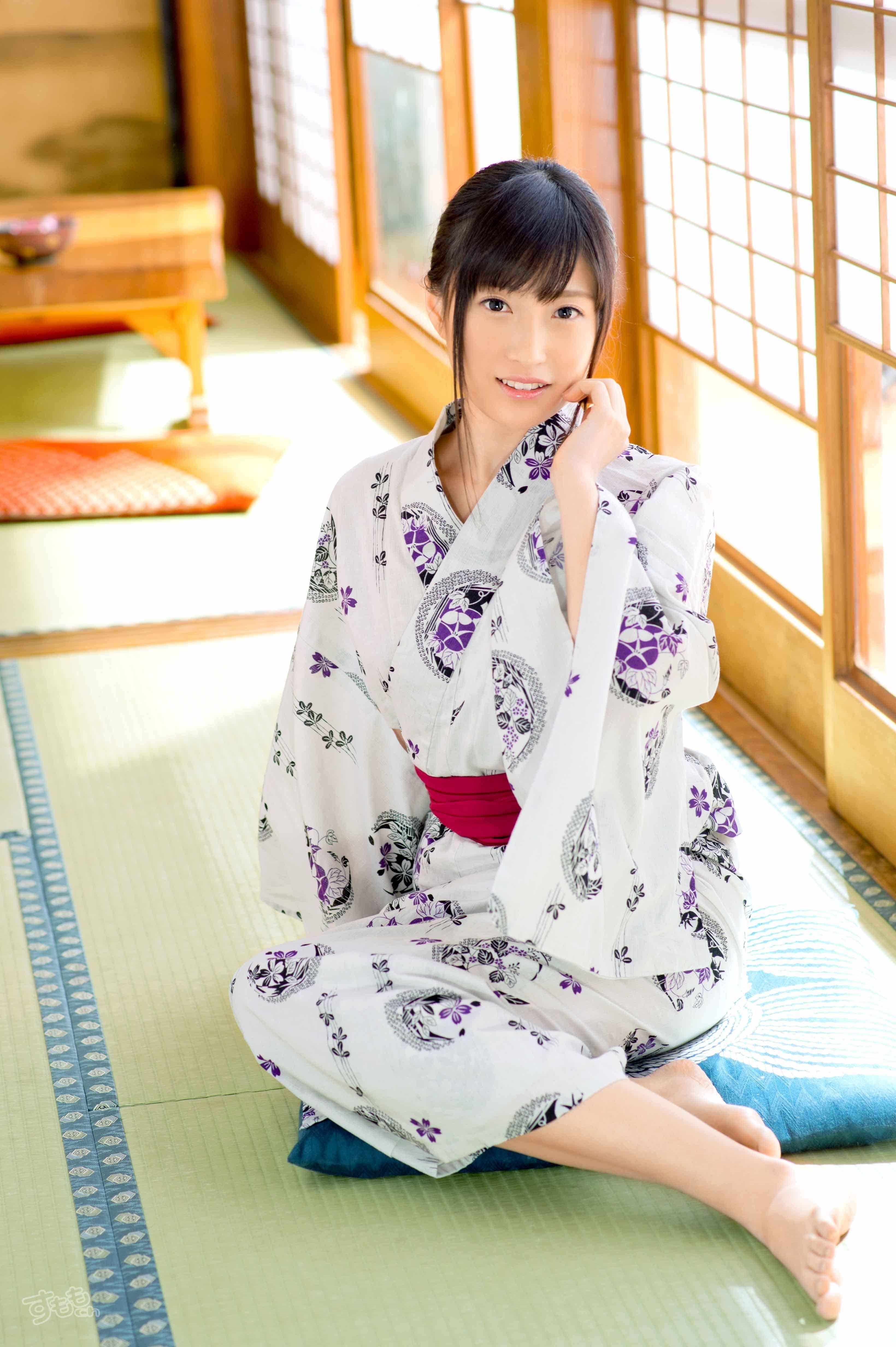 Kitano Nozomi 北野のぞみ それはすぐに私は行くべきである O O Upload: Nozomi Kitano