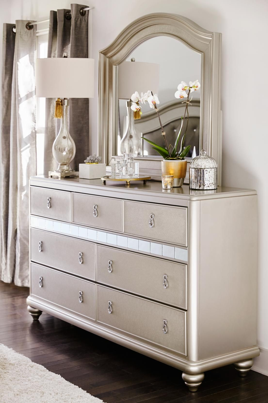 Super Glam Dresser With Mirror From Our Serena Collection Only At Value City Furniture