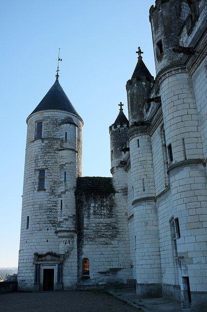 La Tour Agnes Sorel Et Le Logis Royal Du Chateau De Loches Avec Images Tourisme En France Chateau France Agnes Sorel