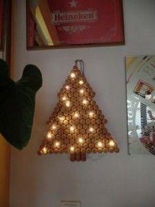 Addobbi Natalizi Con Tappi Di Sughero.Albero Con Tappi Di Sughero Gallery Of Alberi Di Natale Alternativi