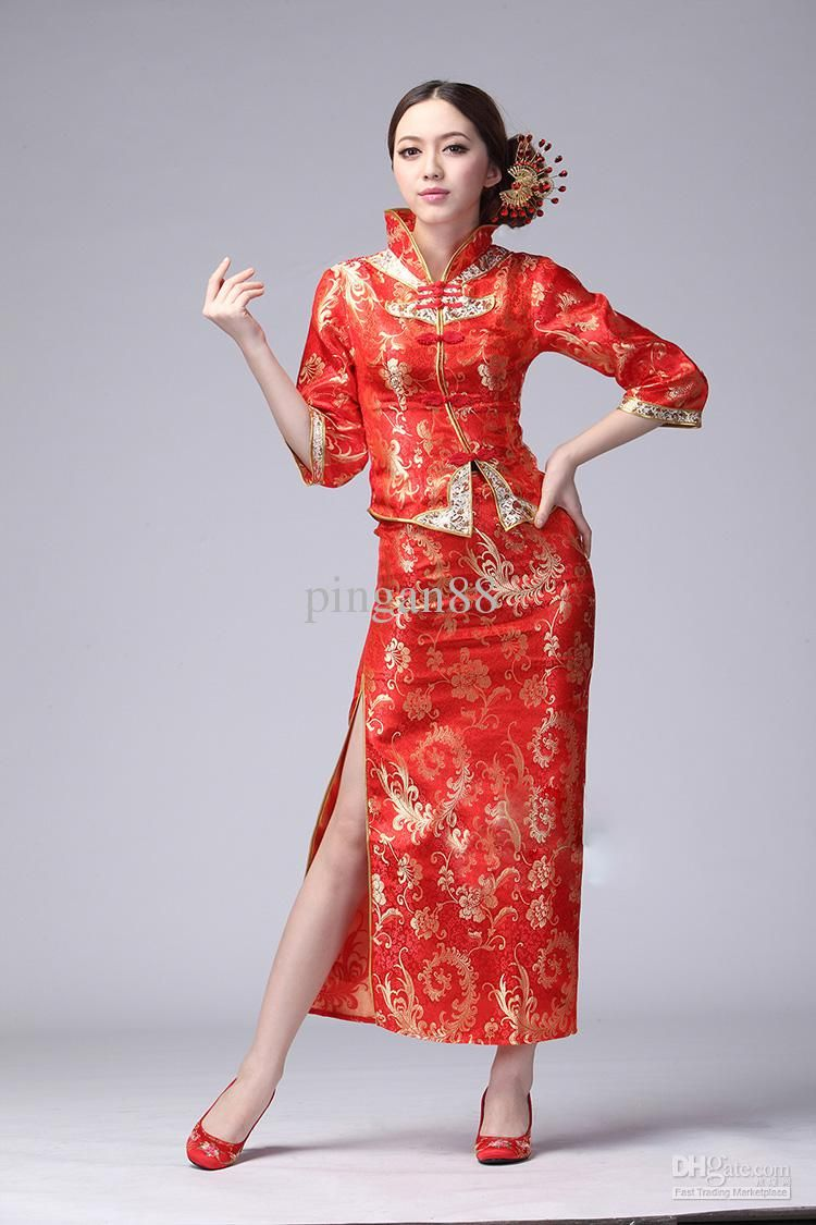 Chinese women in traditional clothing a tribute to the for Chinese wedding dresses online
