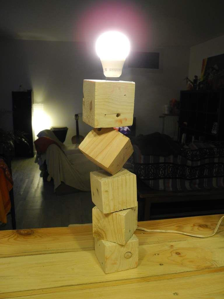 lampe en palette 2 avec interrupteur douille lectrique e14 40 cm de haut diy. Black Bedroom Furniture Sets. Home Design Ideas