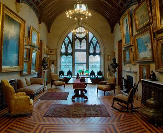 Interior gothic revival library lyndhurst gilded age for Gothic revival interior