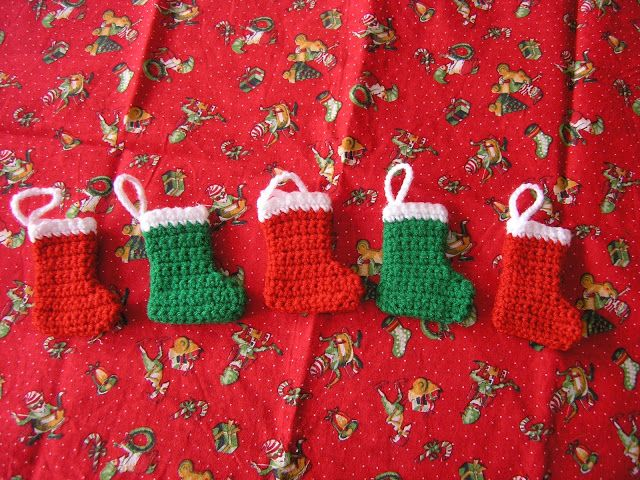 The Striped Deckchair: Crochet pattern for a mini Christmas stocking ...