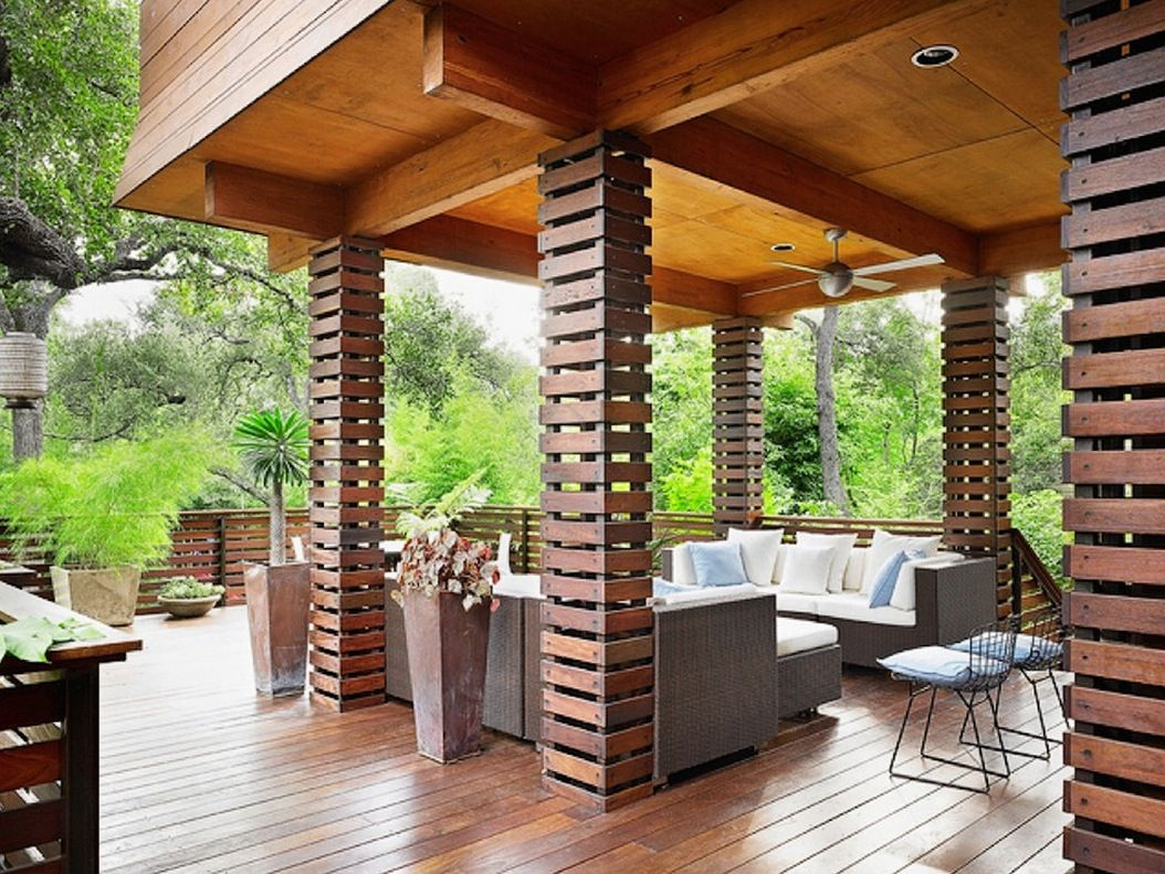 10 Creative Ways To Use Columns As Design Features In Your Home Freshome Com House Columns Porch Design House Exterior