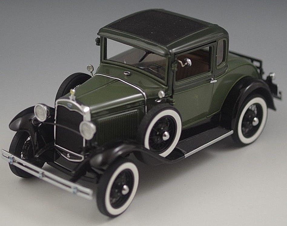 Danbury Mint 1931 Ford Model A Deluxe Coupe 1 24 Scale With