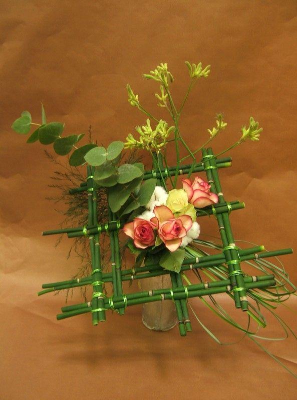 Bouquet Structure Recherche Google Flower Arrangement