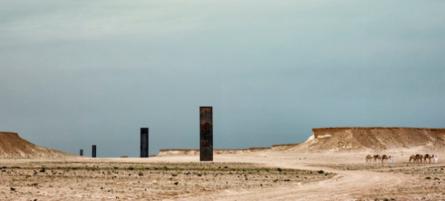 These Mysterious Desert Monoliths Are Actually Richard Serra Sculptures Richard Serra Serra Sculptures
