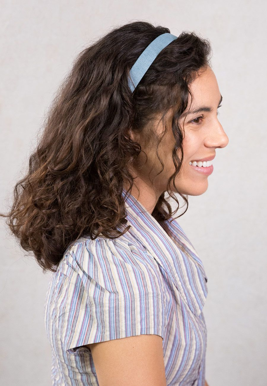 Cute and easy hairstyle for shoulder length hair with a denim headband. She glows in Lilla Rose ...