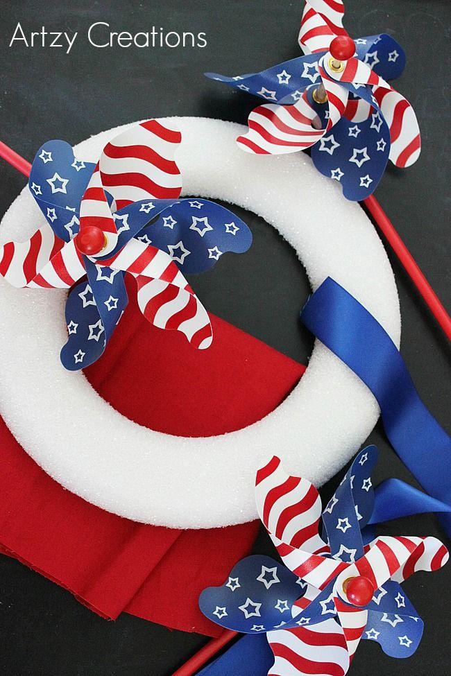15 Min-4th-of-July-Pinwheel-Wreath-Artzy Creations
